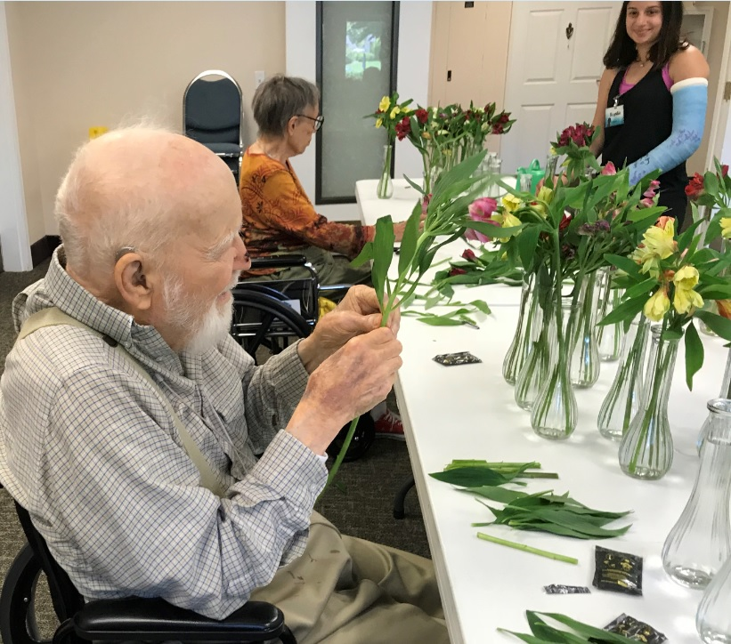 Jennings Mccall Resident Flower Arrangements For The Dining Room Tables